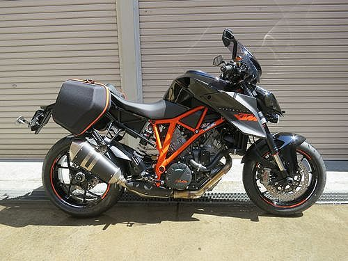 KTM 1290 SUPER DUKE R - Adventureと名付けました。