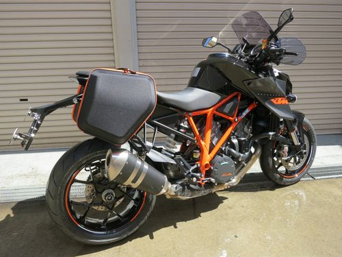 KTM 1290 SUPER DUKE R - Adventureと名付けました。_05