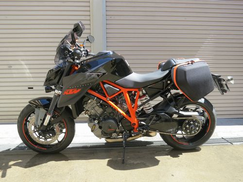 KTM 1290 SUPER DUKE R - Adventureと名付けました。_03