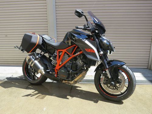 KTM 1290 SUPER DUKE R - Adventureと名付けました。_01